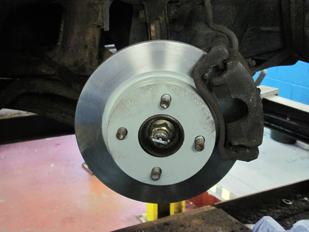 BRAKE PADS & DISCS DORKING