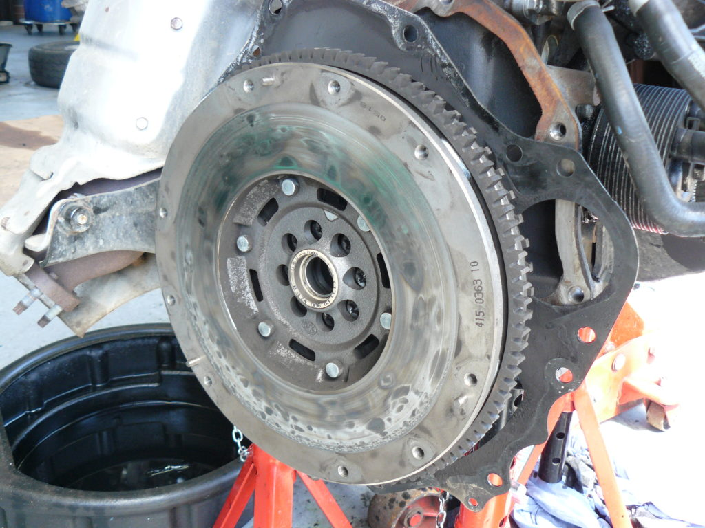 CLUTCH REPLACEMENT DORKING